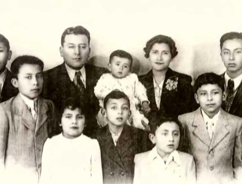 Mario Roberto Santucho Family
