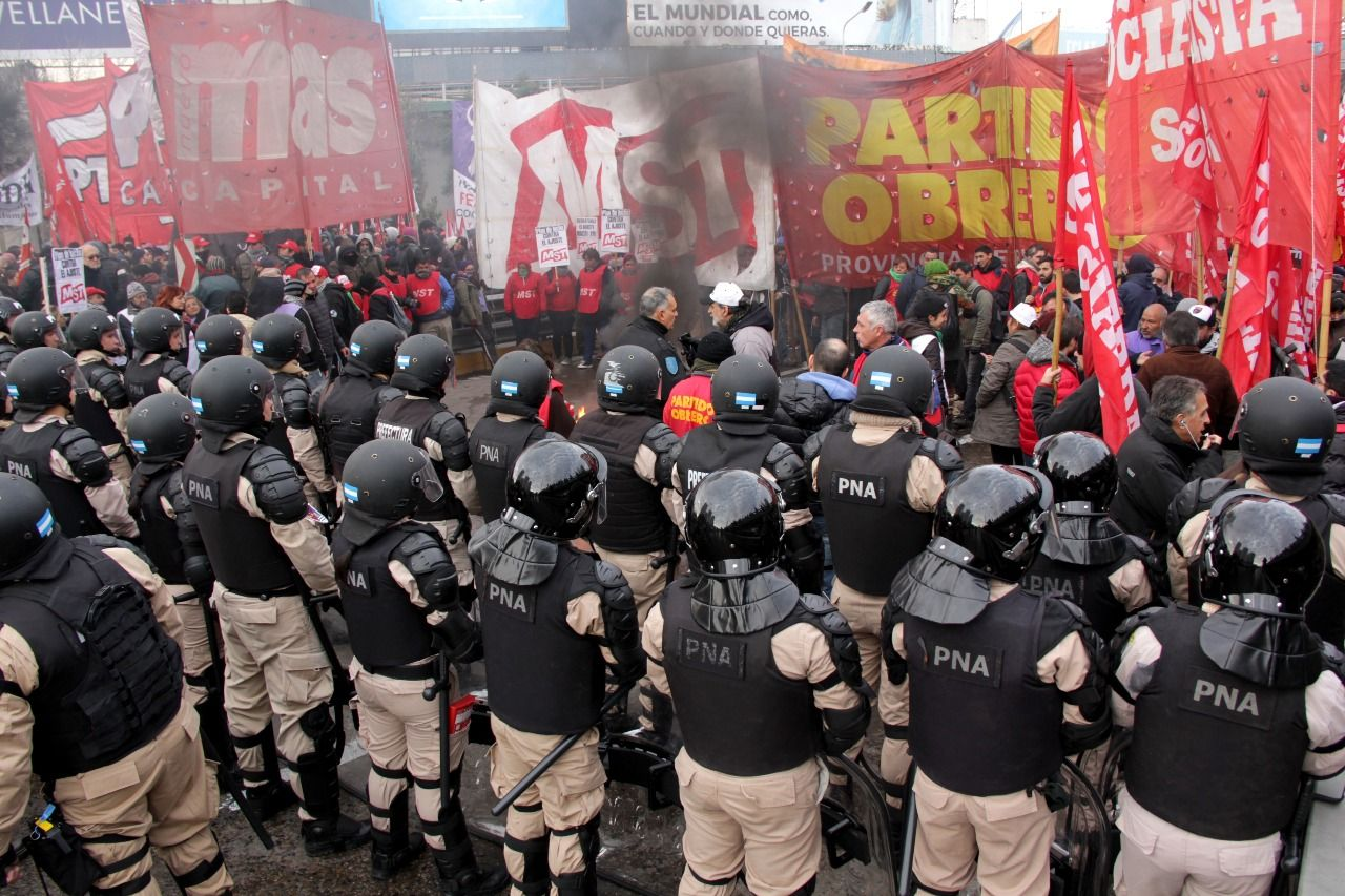 Argentine Workers Strike Against the IMF